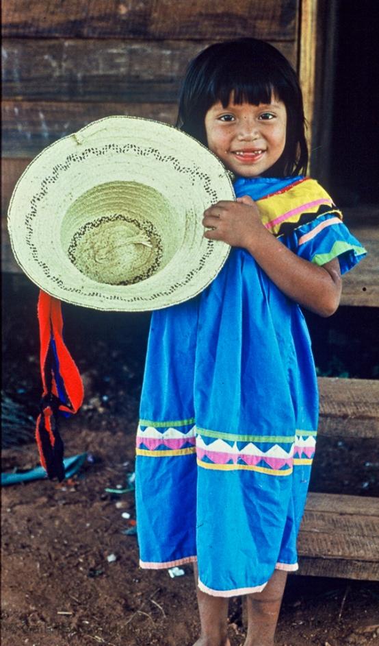 Ngöbe Buglé girl, La Casona, Costa Rica, 1990 (digitized from aged slide)